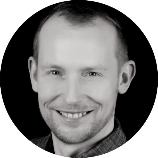 Portrait Fabian Edzard Schneider mit rundem Rahmen